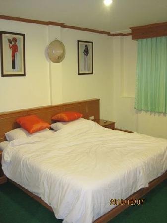 PL House: 我们睡过觉的大床