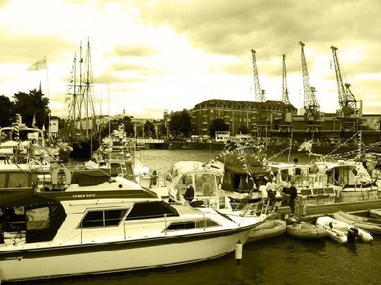 Bristol, UK: 海港节一瞥
