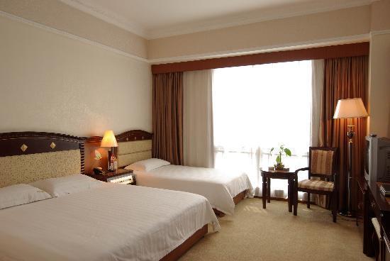 Guilin Jinpu Hotel: 家庭客房