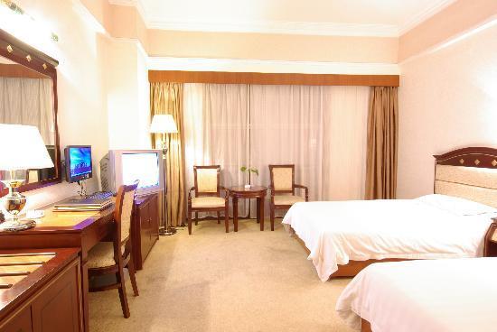 Guilin Jinpu Hotel: 标准间