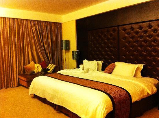 Grand View Hotel Coastal City