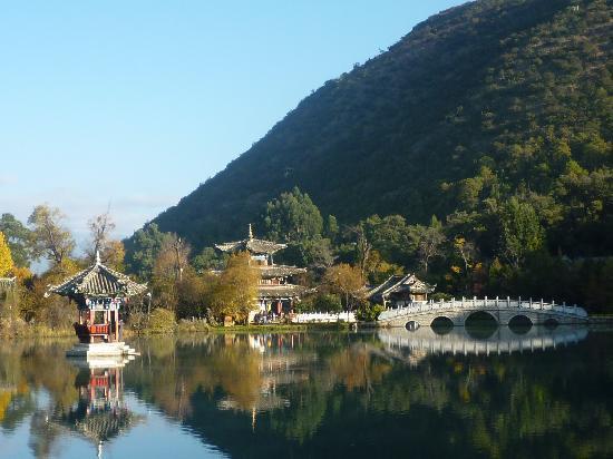 Лицзян, Китай: 置身画中:.