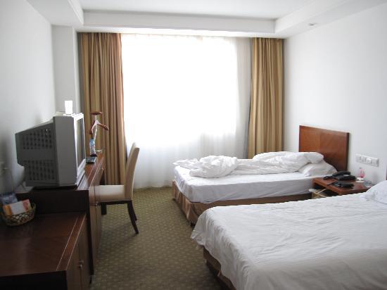 Hai Yan Hotel: 房间给人留下整洁、干净的印象