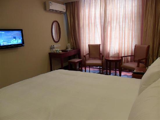GreenTree Inn Yuncheng Yanhu Express Hotel: 大床房