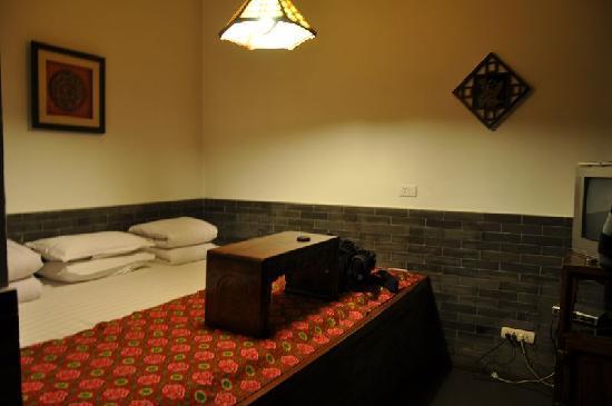 Yamen Hostel
