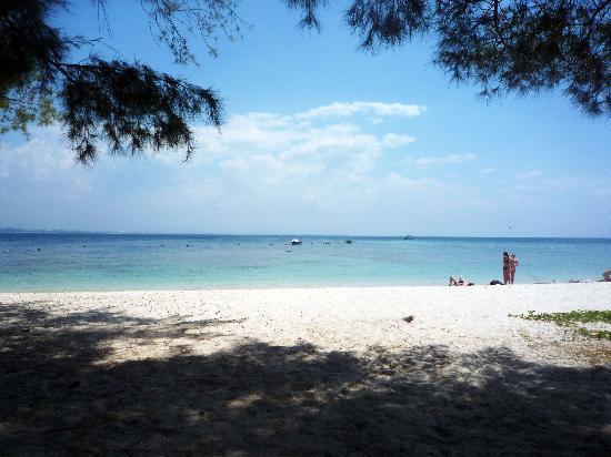Kota Kinabalu, Malaisie : mamutik 是三个大岛基础设施最不行的 人也最少