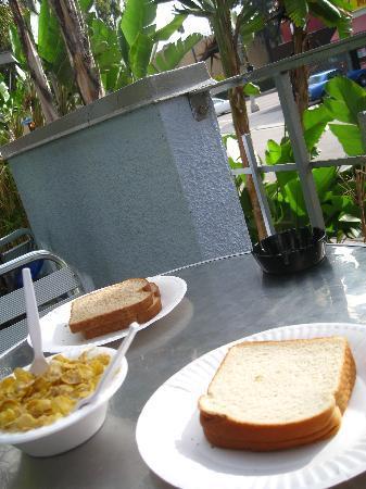 Orbit Hotel and Hostel: IMG_4459