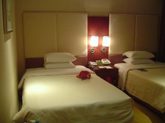 โรงแรมรอยัล: 卧房