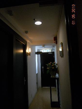 برايدال تي هاوس هوتل هونج هوم وينسلو: 旅馆过道
