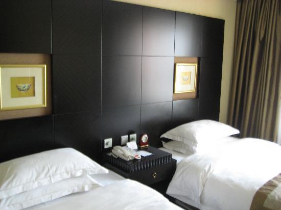 Palm Beach Resort Shanghai: 政要套房的双床房