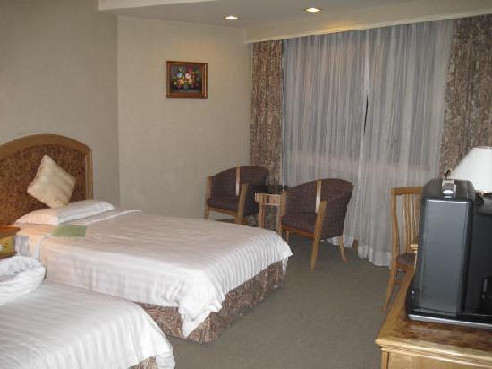 Century Plaza Hotel: IMG_3175