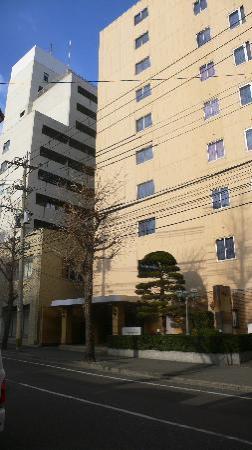 Reisenkaku Hotel Ekimae : 入口很小