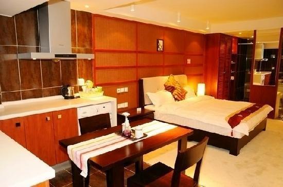 Theme Story Apartment Hotel Chengdu : 餐桌