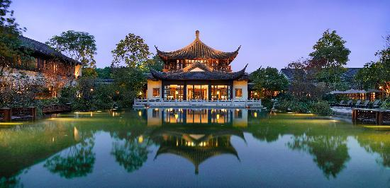 Four Seasons Hangzhou at West Lake