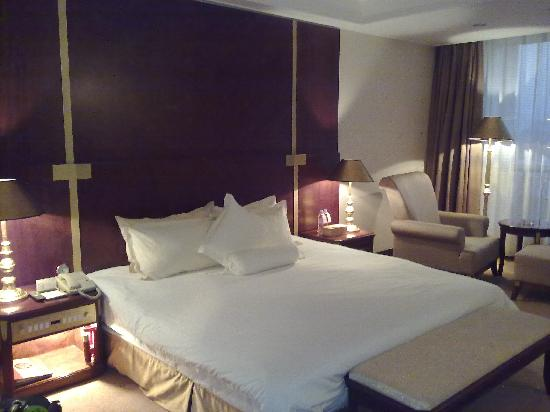 Meilun Hotel: 大床房,卫生情况不错