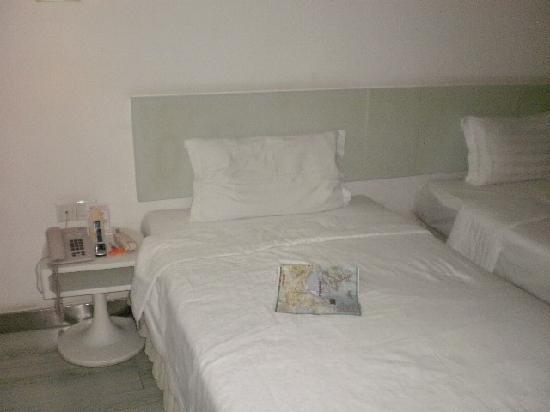 Hai Lian Hotel: PC250001