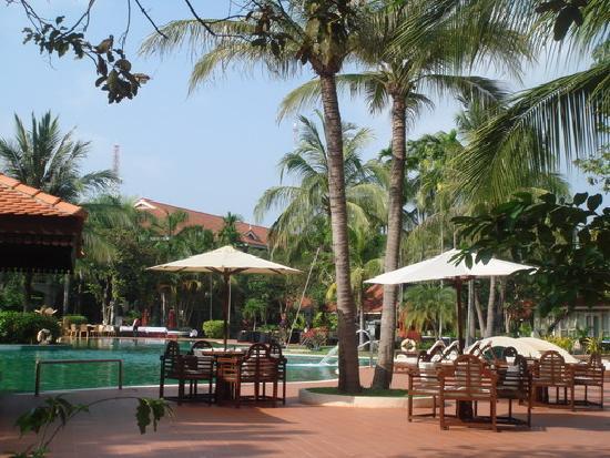 hotel review reviews sofitel angkor phokeethra golf resort siem reap province