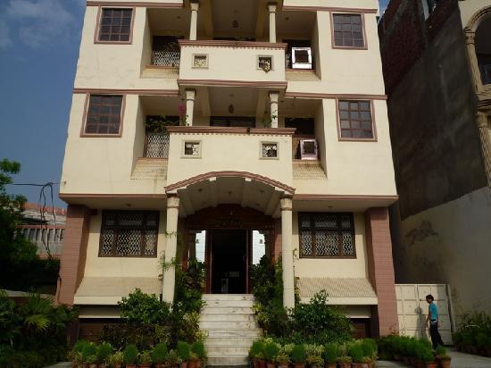 Hotel Sheela Inn: 酒店外观