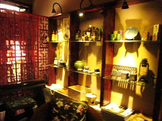 Dimple Inn Yangshuo West Street: 令郎满目,我就眼花缭乱