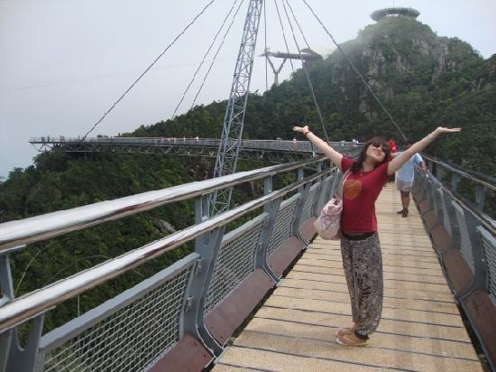 Langkawi, Malasia: 著名的天空之桥。