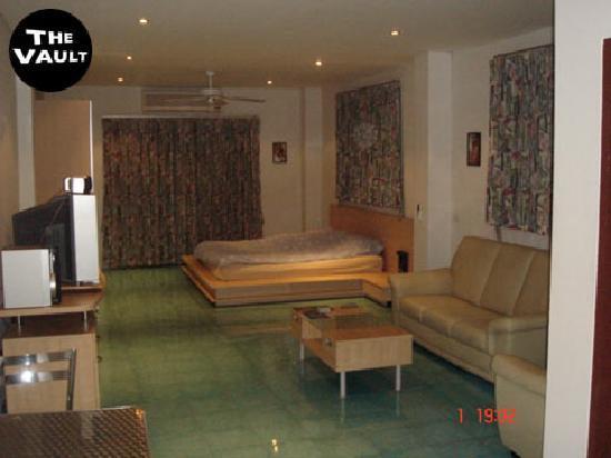 The Vault Hotel : Standard room