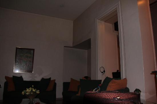 Remvi Hotel