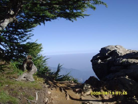 Taibai Peak of Qinling Mountains: p_large_4HNN_033400005b302d0b