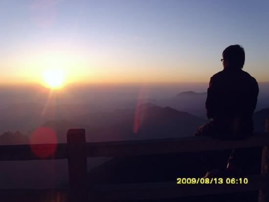 Taibai Peak of Qinling Mountains: p_large_DKM1_0338000201652d0b