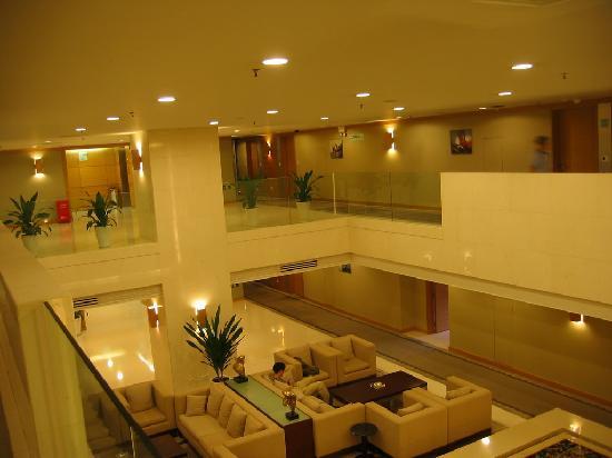 Hotel Kapok Shenzhen: 每层都有休闲的空间