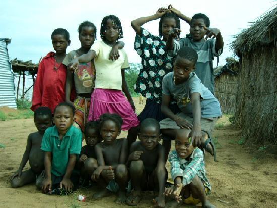 Αγκόλα: 安哥拉人