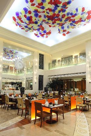 New City Garden Hotel: Rhine Cafe自助餐厅