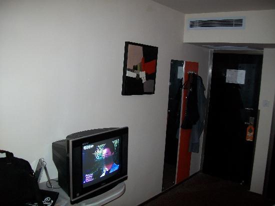 Motel 168 Zhenjiang Jiefang Road: 100_0528