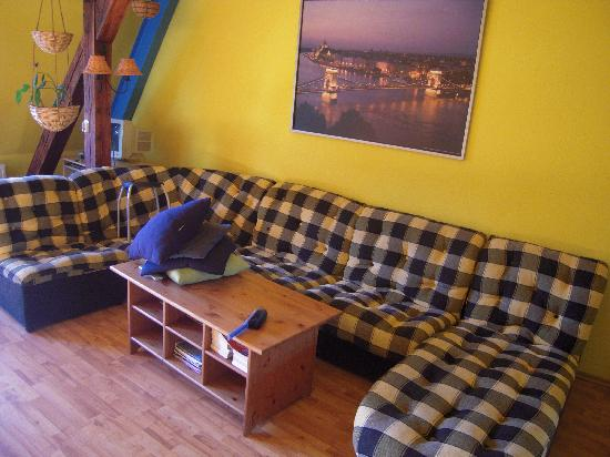 7x24 Central Hostel: 舒服的沙发