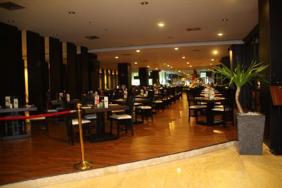 Aston Denpasar Hotel and Convention Center: 餐厅