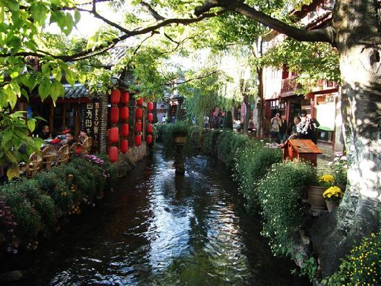 Lijiang, Cina: 在古城,任何一个地方、任何一个角度拍照,都非常美