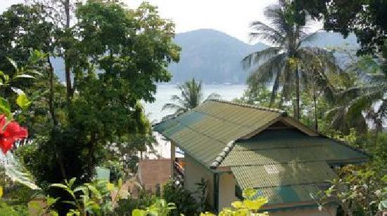 Bay View Resort: 房间看出去的景色