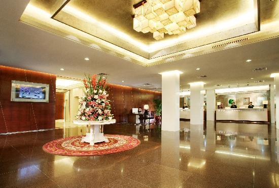 Liuhua Hotel: 流花宾馆大堂