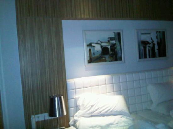 Muse City Hotel: 床还算舒服