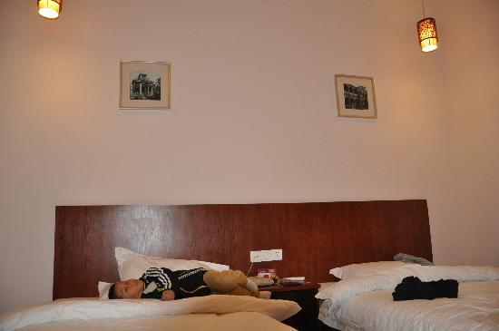 Runting Hotel (Xiamen Nanshan Road): 房间2