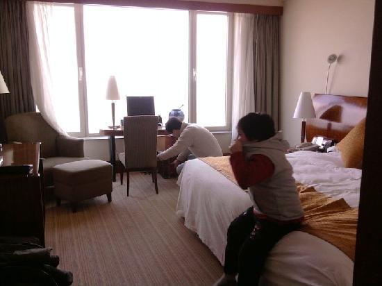 Blue Sky Hotel: 2号楼豪华海景大床间