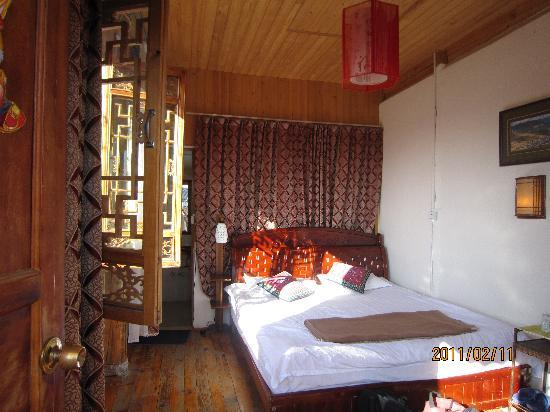Lijiang Garden Inn: 雅致的阳光大床房