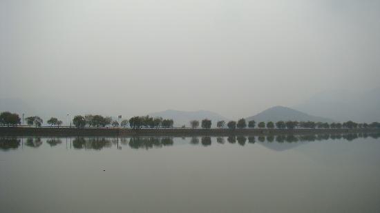 Du Lake