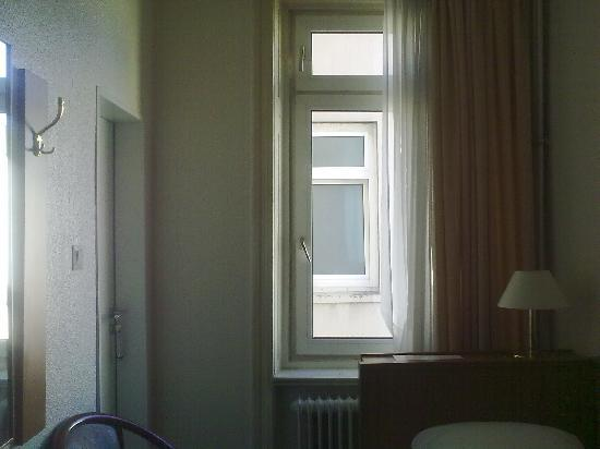 Terminus Hamburg: 20101009092