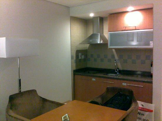 Grand BelleVue: 开放式厨房