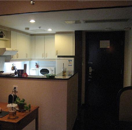 โรงแรมปักกิ่งเอชดับบลิวเออพาร์ตเมนท์: 空间大,住的舒适,有厨房有家的感觉