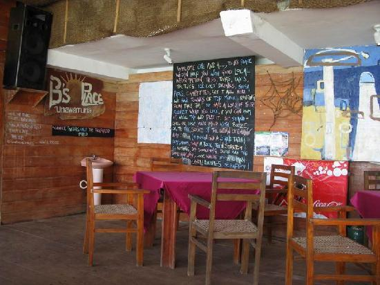 B's Place: 英伦小酒吧