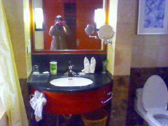 Aishite Apartment Hotel: 110330A049