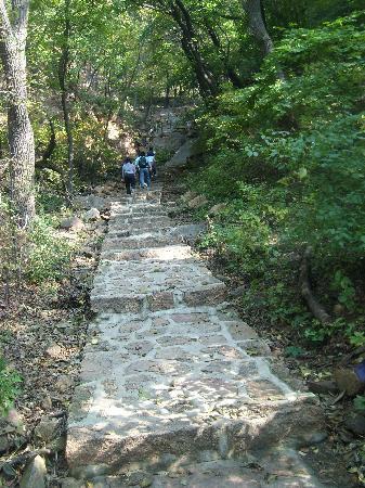 Qianshan Mountain Buddha
