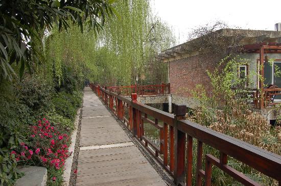 Chongqing Tianci Hot Spring Resort