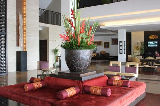 Novotel Hua Hin Cha Am Beach Resort and Spa : 大堂